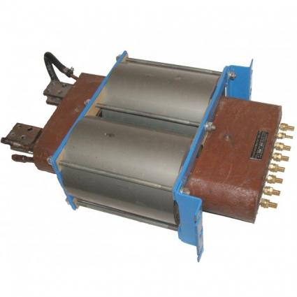 Трансформатор для точечной сварки в компаунде